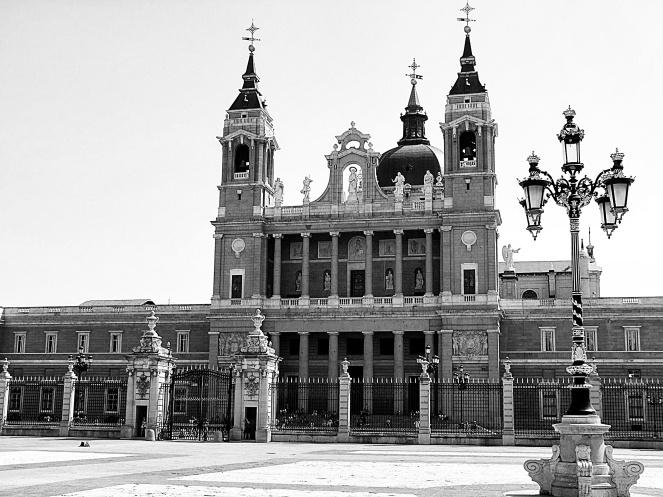 Santa María la Real de La Almudena - Madrid