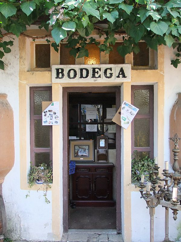 Spanischer Verkauf von Olivenöl und Wein