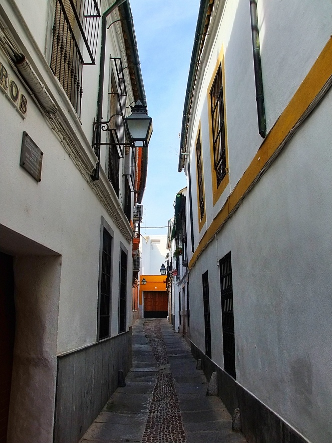 Typische Gasse in Córdoba
